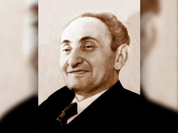 Роман Арраго