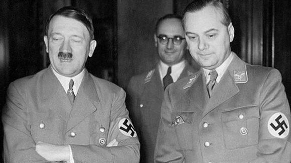 Розенберг и Гитлер